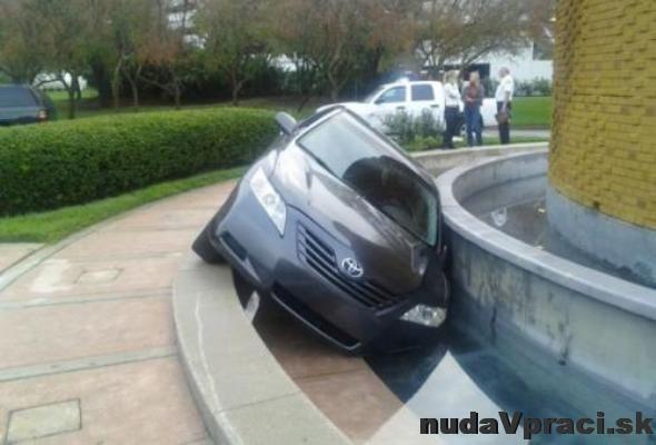 Zaparkované ženou