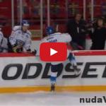 Fínske striedanie na hokeji – FAIL video